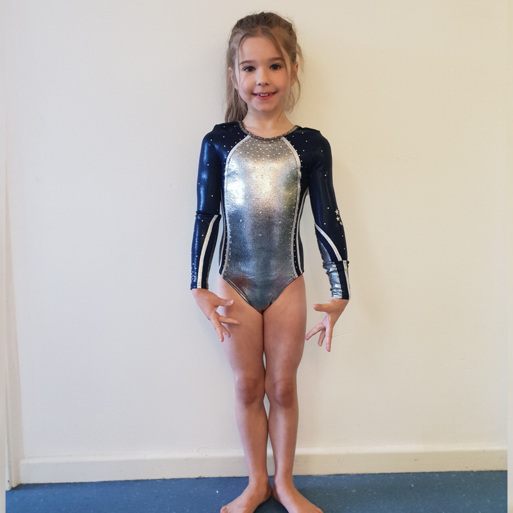 RobinHood gymnastics club shop Longsleeveleo